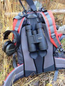 Rucksack mit Minox BL 8x56 Nachtglas und MSA Sordin Aktivgehörschutz